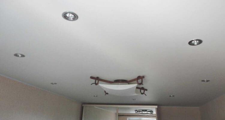 Матовые натяжные потолки в Рязани